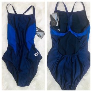 Arena-One Piece Swimsuit In Size 32.